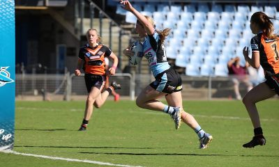 Sharks Tayla Curtis goes in for her 1st try of the day at Shark park (Photo : Steve Montgomery)